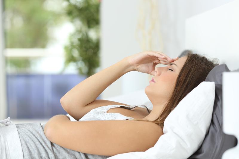 менструална мигрена