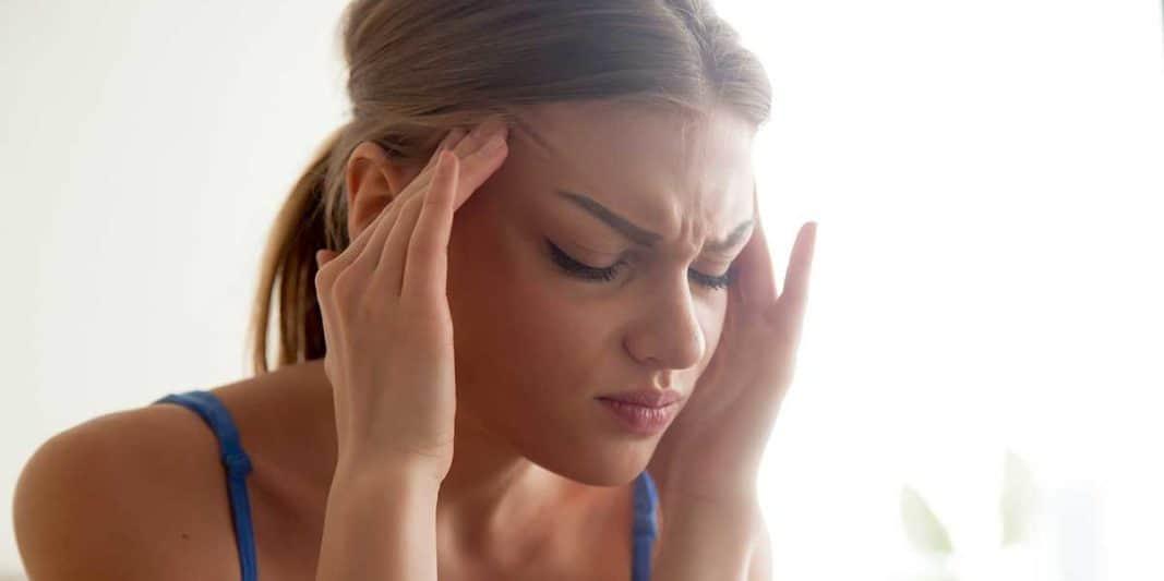 мигрена с повръщане